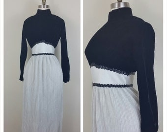 60s Renaissance Dress Velvet and Metallic Silver Small/Medium