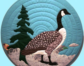 "Canada Goose Quilt Pattern for 18"" Finished Size"