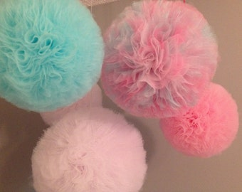Large Tulle pom poms set of 10 Party Decoration