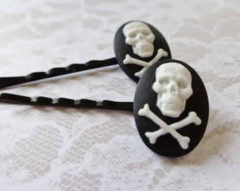 White On Black Skull And Crossbones Hair Clips