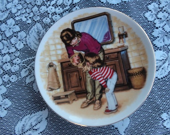 "Avon Mother's Day 1986 ""A New Tooth"" Miniature Porcelain Collector Plate"