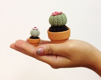 Mini Crochet Cactus--Mini Globe