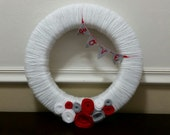 14 in. Valentine's Day - yarn wrapped wreath with LOVE banner & felt flower accents