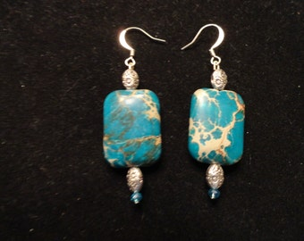 Leather and stone earrings