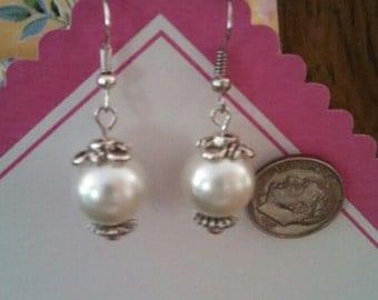 10 mm Pearl like dangles