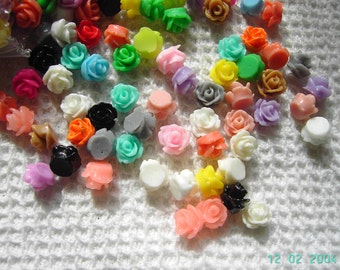 50 Resin Rose Bud Cabochons 6mm mixed colours
