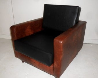 American Diner Urban Retro Chair Upholstered in A Premium Black And Chestnut Brown  Faux Leather