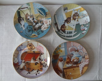 Vintage Set of 4 Country Kitties Plates