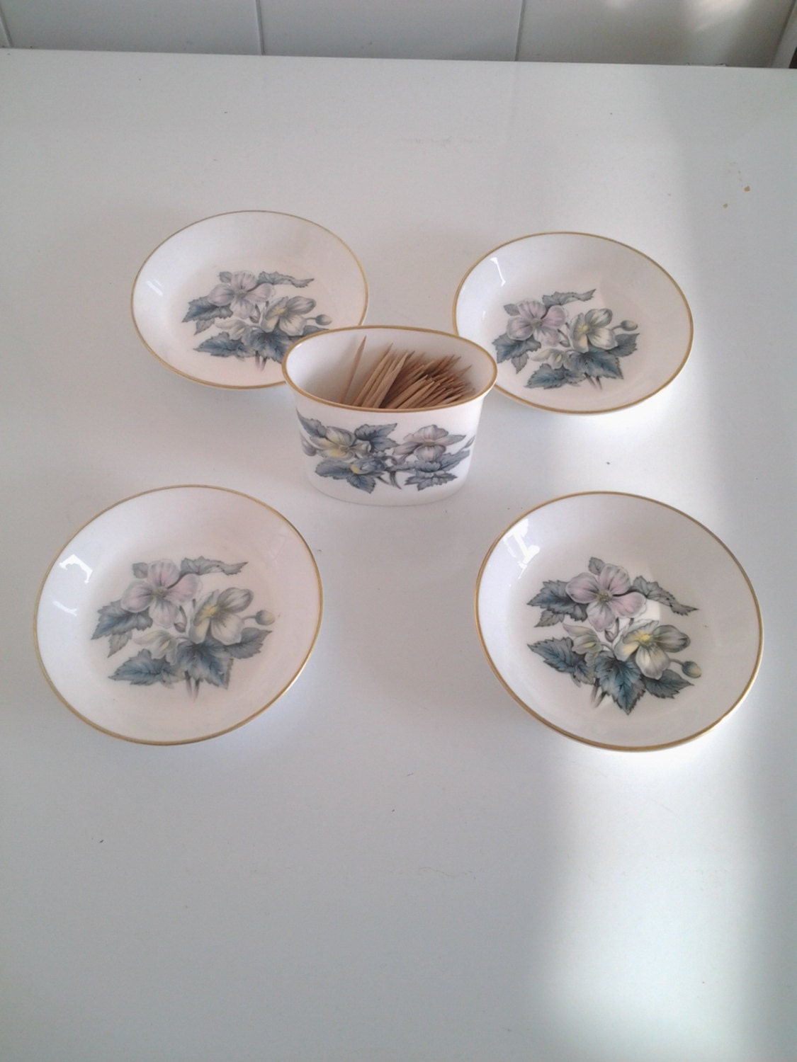 royal worcester pin dishes complete set england fine bone china haute juice. Black Bedroom Furniture Sets. Home Design Ideas
