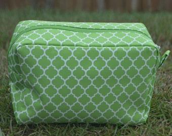 Personalized Cosmetic Tote-Green Quatrefoil
