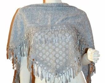 Grey Triangle Knit & Lace Fashion Scarf