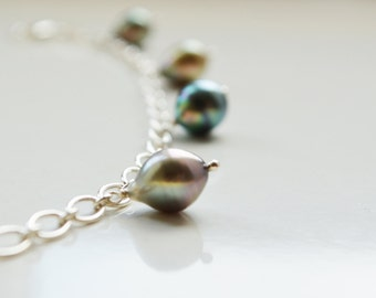 Silver bracelet with pearls of Tahiti in charms (#4001)