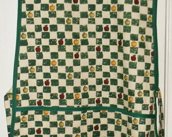 Cobbler Apron Apples and Squares  #2080-A   Size Medium