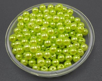100 Lime Green Acrylic Pearl Beads 5mm (H1550)