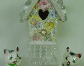 shabby cottage chic small pedestal birdhouse flowers roses floral with yellow bird and blossoms