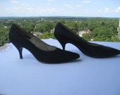 Vintage Pointy Kitten Heel Shoes in Black Silk Taffeta by Jan's Shoes of Hong Kong - Circa Early 1960's