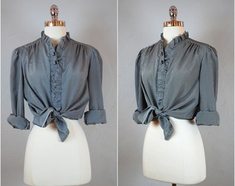 Vintage GINGHAM blouse / black and white button down top