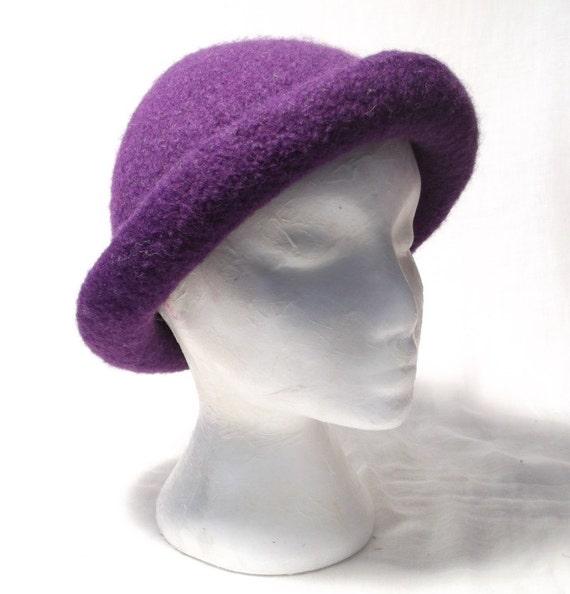 Ladies Hat Knitting Patterns : Classic Ladies Bowler Hat Knitting Pattern