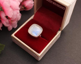red moonstone ring - photo #28