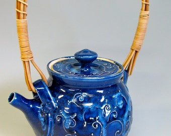 Deep Blue Teapot with Reed Handle