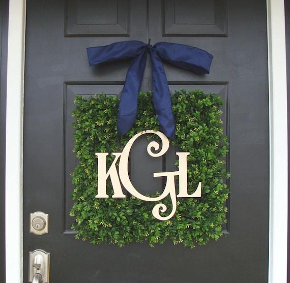 Boxwood Wood Monogram Christmas Wreath- Holiday Wreaths- Monogram Wreath- Holiday Decor- Christmas Decor- Christmas