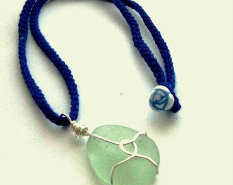 https://www.etsy.com/ie/listing/194921587/irish-sea-glass-necklace-seafoam-beach?ref=listing-3