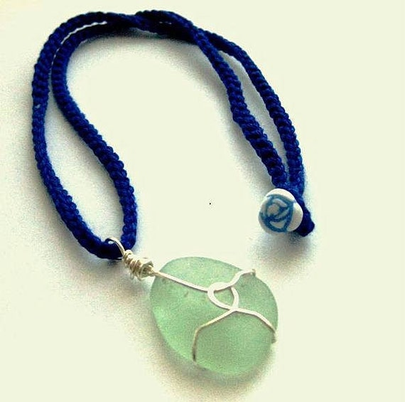 https://www.etsy.com/ie/listing/194921587/irish-sea-glass-necklace-seafoam-beach?ref=shop_home_active_9