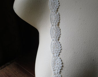 Venise Lace in Ivory American Made for Bridal, Veils, Heirloom Sewing, Dolls Clothes, Costume Design L 303