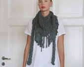 Chunky cotton triangle fringe scarf - Bottle Green