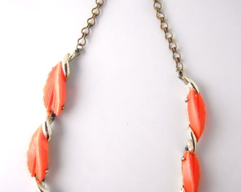 BSK THERMOPLASTIC PALM leaves necklace, atomic design, bright coral, copper blend, vintage 1950s