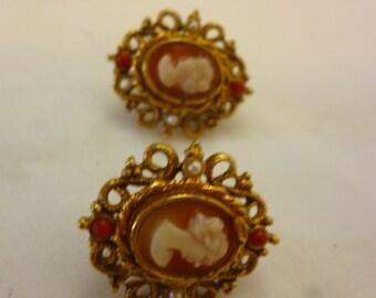 Vintage LISNER Clip On Cameo Earrings