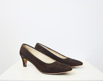7.5B Brown 1960s Heels