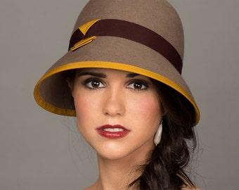Flapper Hat. Fur Felt Handmade Cloche. Gatsby Accessory. Winter Hat in Neutrals. Taupe Burgundy Mustard. Autumn Cloche. Vintage Inspired 20s