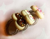 polymer clay heart shaped sugar cookie ring trio neapolitan rainbow sprinkles