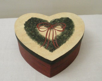 Hand Painted Paper Mache Primitive Heart Box with Wreath