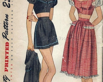 Vintage 1940s Playsuit Pattern Button Front Midriff Top Sweetheart Neckline High Waisted Shorts and Skirt Simplicity 2014 Bust 32