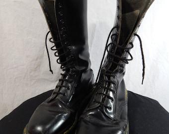 Black Leather DOC MARTIN BOOTS 14 Eyelet size 7us or 5uk.