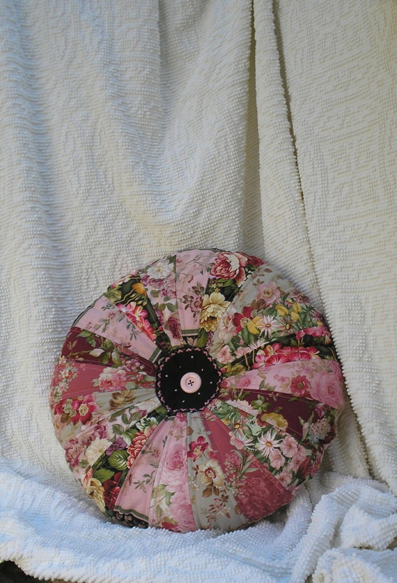 Large Shabby Chic Pillows : Quilted Large Round Floral Pillow Shabby Chic BoHo 20