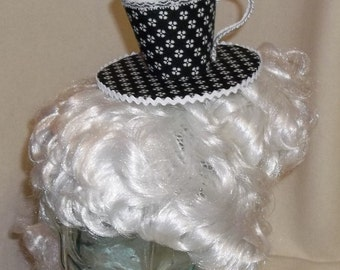 Teacup Fascinator- Black and White