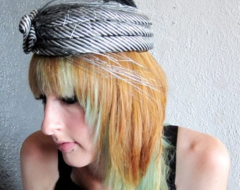 1920s Inspired Great Gatsby Flapper Black & Silver Feather Lancaster Wool Hat