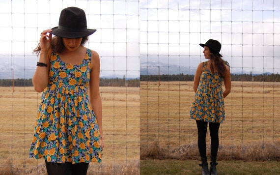 Vintage 90s Grunge Daisy Sunflower Mini Babydoll Dress with Empire Waist
