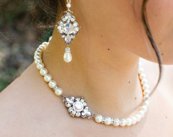 bridal pearl and rhinestone necklace, Statement Bridal necklace, Wedding Rhinestone necklace, swarovski crystal and pearl necklace, GIULIANA