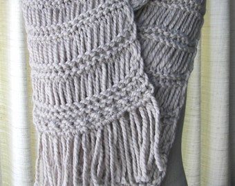 Chunky HAND Knit Fringe Scarf in Grey SOFT Acrylic Wool blend