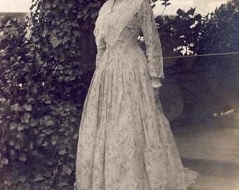 Beautiful EDWARDIAN DRESS on Woman Photo Postcard Circa 1909