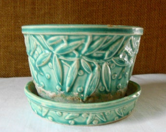 MID CENTURY MCCOY Turquoise Raised Leaf Dot Design Pottery Planter Pretty Turquoise Art Pottery Beautiful Raised Design McCoy Art Pottery