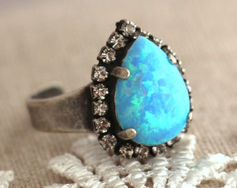 Opal Ring, Blue opal Oxidized Silver ring, silver Halo ring, Swarovski Ring, Opal jewelry, Cocktail Ring, Gift for woman, opal ring.