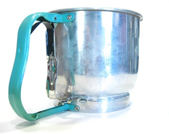 1950s Vintage Foley Stainless and Turquoise 5 Cup Sifter