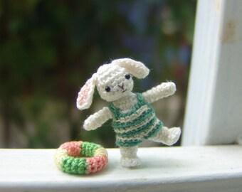 Dollhouse decor 1 inch tiny crochet rabbit - miniature amigurumi animal - tiny bunny