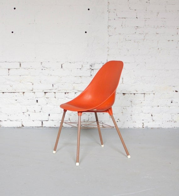 Mid century retro red orange plastic shell chair 60s 70s for Vintage 70s chair