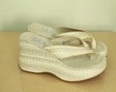 90s - Natural Tan - Sisal - Woven Straw - Hi - High - Platform - Wedge - Slip On - Thong - Sandals - Shoes - 8.5